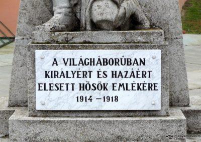 Dabas-Sári világháborús emlékmű 2015.11.27. küldő-kalyhas (4)