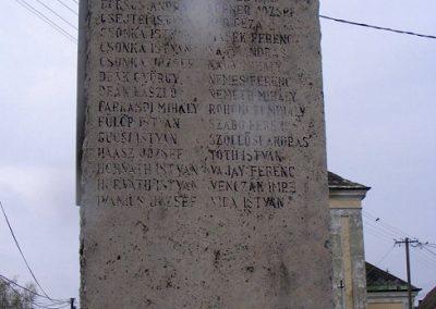 Dad világháborús emlékmű 2012.04.07. küldő-Méri (1)