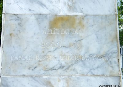 Damak világháborús emlékmű 2011.05.29. küldő-Röghegyiné Spisák Anita (5)