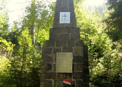Dancurási hősi emlékmű 2011.09.19. küldő-Mónika39-né