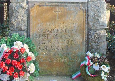 Debercsény világháborús emlékmű 2008.02.12. küldő-Pfaff László, Rétság (1)