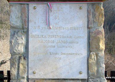 Debercsény világháborús emlékmű 2008.02.12. küldő-Pfaff László, Rétság (2)