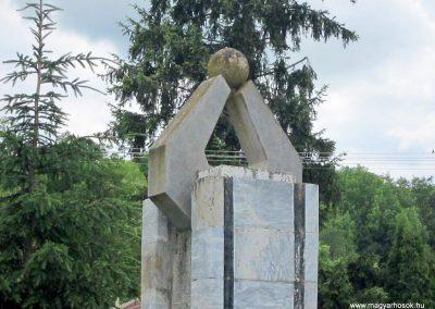 Debréte világháborús emlékmű 2014.06.15. küldő-kalyhas (7)