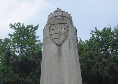 Debrecen Hősi emlékmű 2009.05.16.küldő-Huszár Peti (1)
