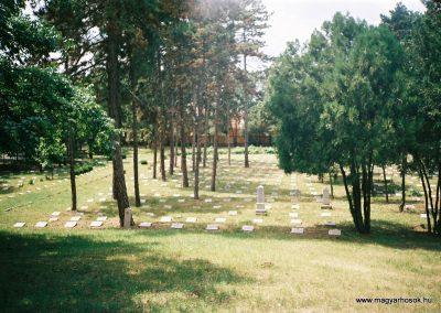 Debrecen Honvéd temető 2007. küldő-Emese (1)