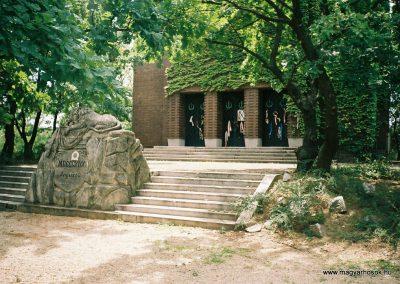 Debrecen Honvéd temető 2007. küldő-Emese