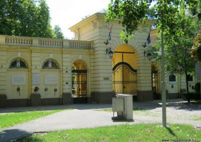 Debrecen Kossuth Gimnázium, volt Bocskai laktanya. I. és II. világháborús emléktáblák. 2017.07.15. küldő-Emese (8)