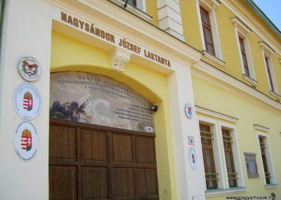 Debrecen Nagysándor József laktanya hősök emléktáblája 2017.07.20. küldő-Emese-001