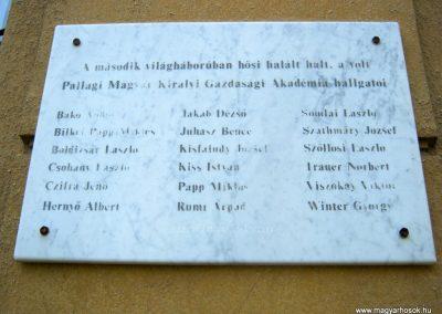 Debrecen-Pallag II. világháborús emléktábla 2017.07.20. küldő-Emese (2)-001