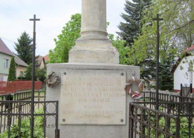 Dejtár világháborús emlékmű 2012.04.25. küldő-kalyhas (4)