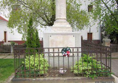 Dejtár világháborús emlékmű 2012.04.25. küldő-kalyhas (7)