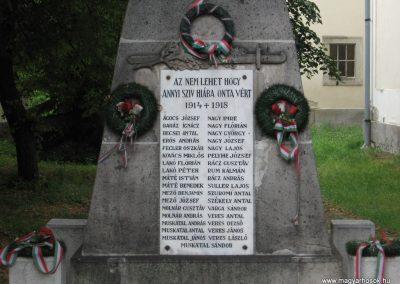 Demjén világháborús emlékmű 2007.07.11. küldő-Kályhás (1)