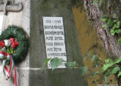 Demjén világháborús emlékmű 2007.07.11. küldő-Kályhás (2)