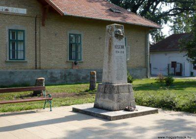 Derekegyház I. világháborús emlékmű 2012.08.02. küldő-Sümec (7)