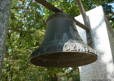Derekegyháza II. világháborús emlékmű 2012.08.02. küldő-Sümec (6)