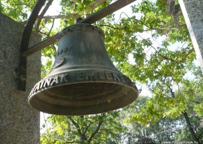 Derekegyháza II. világháborús emlékmű 2012.08.02. küldő-Sümec (7)