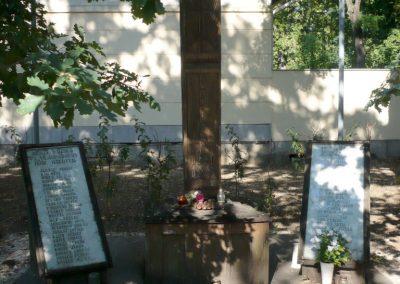 Deszk II. világháborús emlékmű 2012.07.12. küldő-Sümec (2)