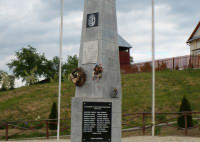Detek világháborús emlékmű 2009.05.13.küldő-Gombóc Arthur (4)
