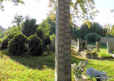 Devecser világháborús emlékmű 2013.10.08. küldő-Méri (11)