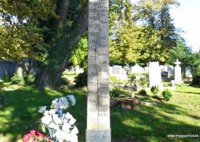 Devecser világháborús emlékmű 2013.10.08. küldő-Méri (5)