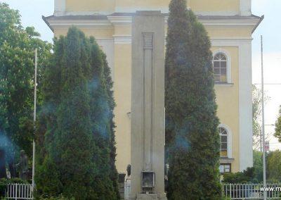 Diósd I.vh emlékmű 2008.04.28. küldő-Huszár Peti (1)