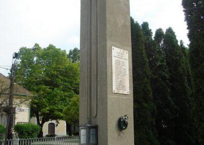 Diósd I.vh emlékmű 2008.04.28. küldő-Huszár Peti (5)