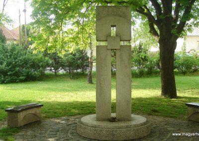 Diósd II.vh emlékmű 2008.04.28. küldő-Huszár Peti (1)