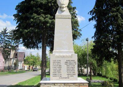 Diósjenő I.világháborús emlékmű 2012.04.25. küldő-kalyhas (7)