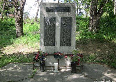 Diósjenő II.világháborús emlékmű 2012.04.25. küldő-kalyhas (1)