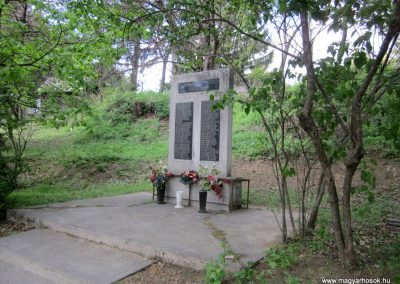 Diósjenő II.világháborús emlékmű 2012.04.25. küldő-kalyhas (6)