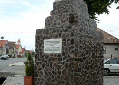 Disznajó világháborús emlékmű 2011.06.21. küldő-Ágca (8)