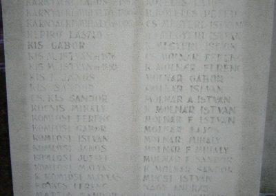 Doboz I.és II.vh emlékmű 2006.12.30. küldő-Zsóki (1)