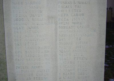 Doboz I.és II.vh emlékmű 2006.12.30. küldő-Zsóki (2)