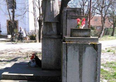 Doboz világháborús emlékmű 2016.03.25. küldő-miki (6)