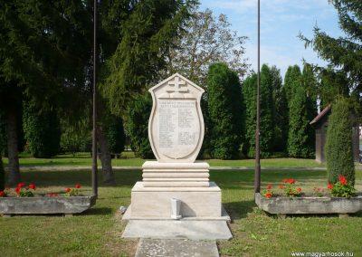 Dobri világháborús emlékmű 2009.09.16. küldő-Sümec (1)