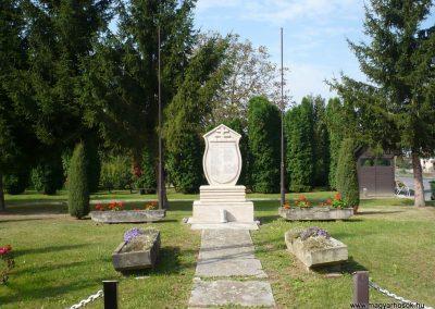 Dobri világháborús emlékmű 2009.09.16. küldő-Sümec