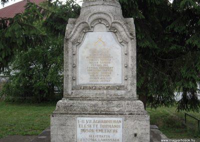 Dormánd világháborús emlékmű 2007.06.13. küldő-kalyhas (1)