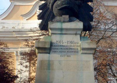 Dorog I.vh emlékmű 2008.10.30. küldő-Huszár Peti (3)