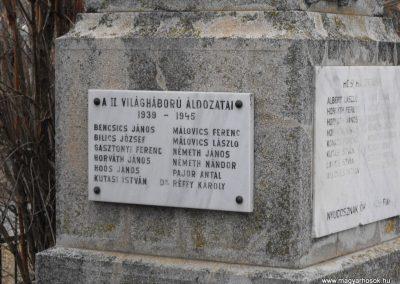 Dozmat világháborús emlékmű 2009.01.13.küldő-gyurkusz (3)