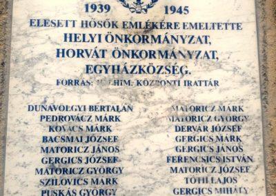 Drávasztára világháborús emléktáblák 2016.02.13. küldő-KRySZ (4)