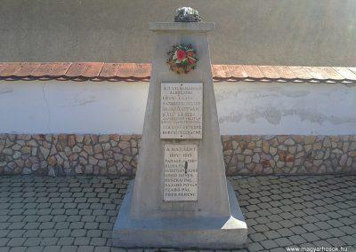 Dubicsány világháborús emlékmű 2012.03.20. küldő-Pataki Tamás