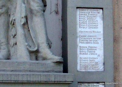 Dunaújváros I.vh emlékmű 2009.08.07. küldő-Mimóza (9)