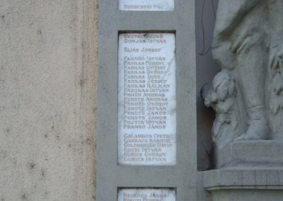 Dunaújváros I.vh emlékmű 2009.08.07.küldő-Mimóza (1)