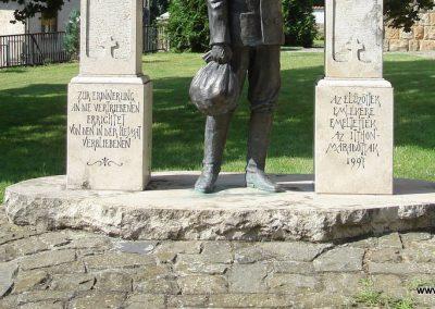 Dunabogdány kitelepitési emlékmű 2008.07.05. küldő-Huszár Peti (2)