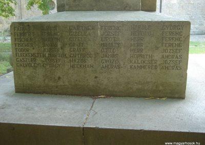 Dunabogdány világháborús emlékmű 2008.07.05. küldő-Huszár Peti (19)