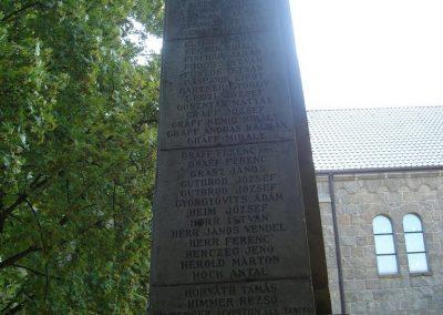Dunabogdány világháborús emlékmű 2008.07.05. küldő-Huszár Peti (3)