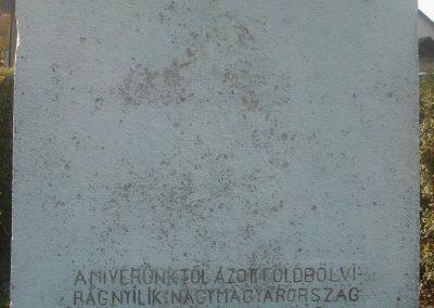 Dunaharaszti Régi Hősi emlékmű 2008.10.08.küldő-Huszár Peti (2)