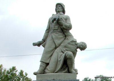 Dunapataj I. világháborús emlékmű 2007.10.06. küldő-Markó Péter (2)