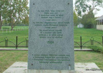 Dunapataj I. világháborús emlékmű 2007.10.06. küldő-Markó Péter (3)