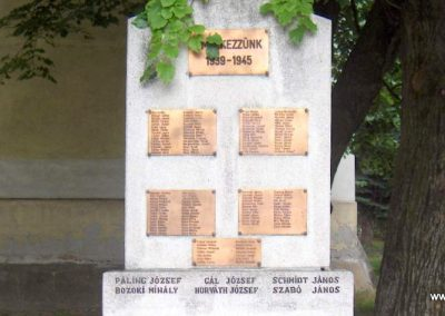 Dunaszekcső II.vh emlékmű 2008.06.04. küldő-V3t3r4n (2)